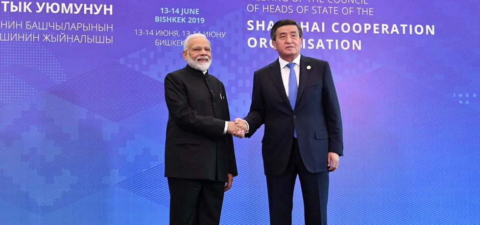 Prime Minister meets Sooronbay Jeenbekov, President of Kyrgyz Republic on the sidelines of SCO Summit 2019 in Bishkek