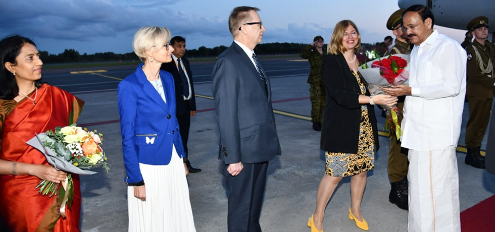 Vice President arrives in Tallinn during his visit to Estonia